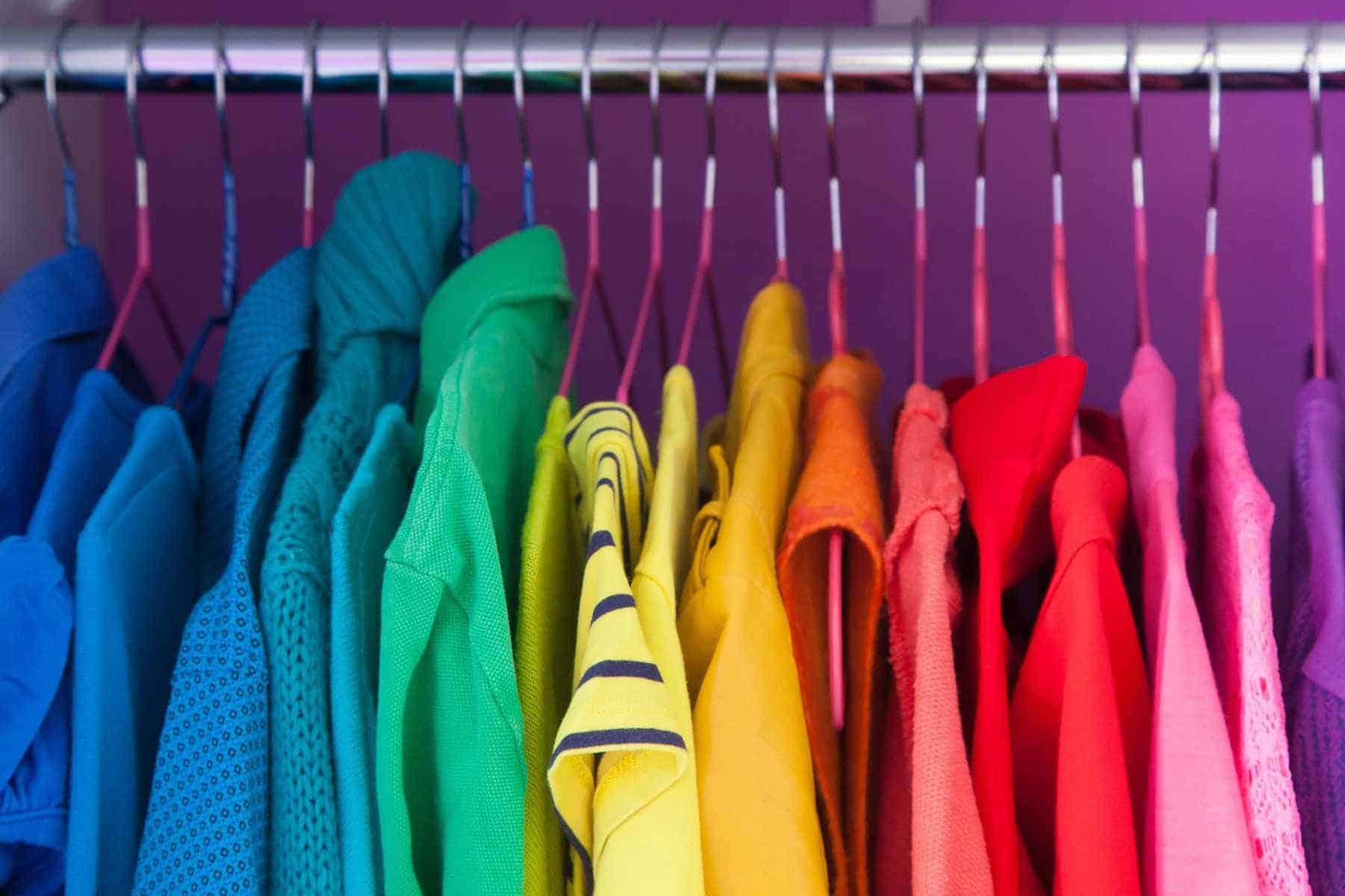 Hướng dẫn 5 Cách làm mềm vải cứng hiệu quả tại nhà