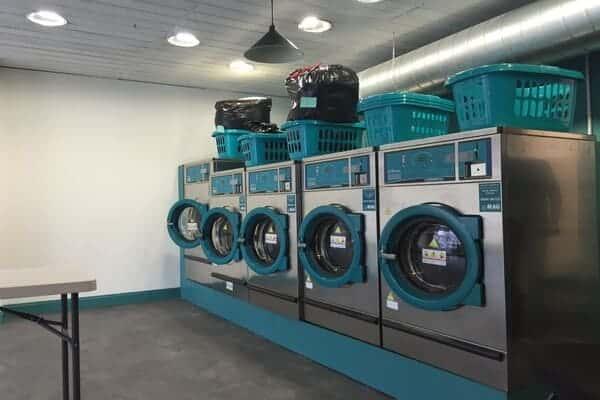 Dịch vụ giặt mềm vải, quần áo