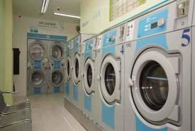 Xưởng giặt là công nghiệp cần những máy móc gì