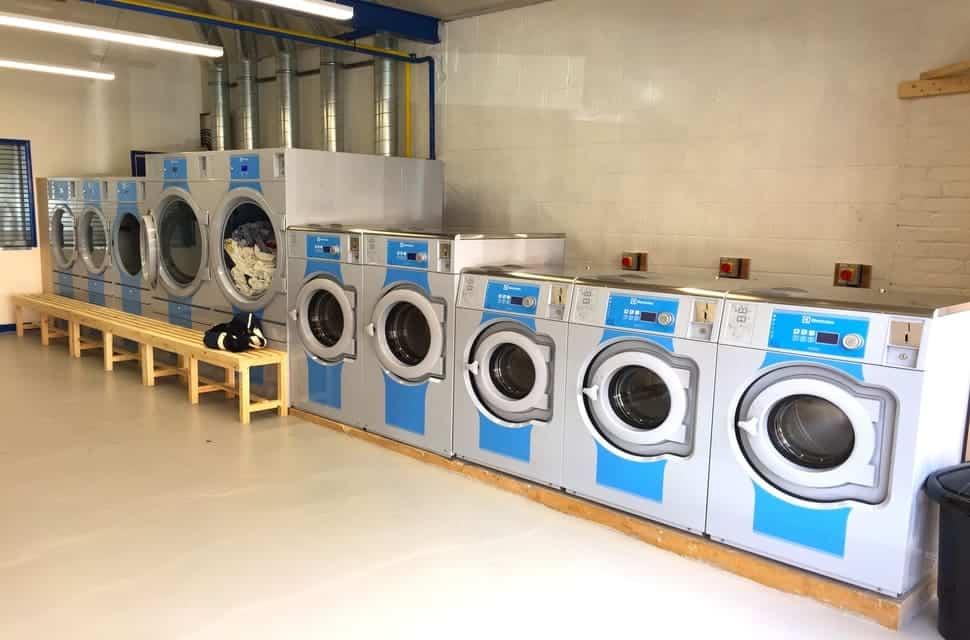 Địa chỉ giặt sấy giặt ủi đồ giá rẻ huyện phúc thọ