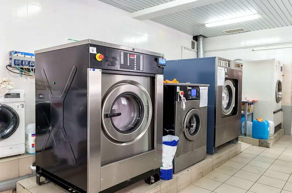 Giặt sấy giặt ủi áo dài huyện hóc môn