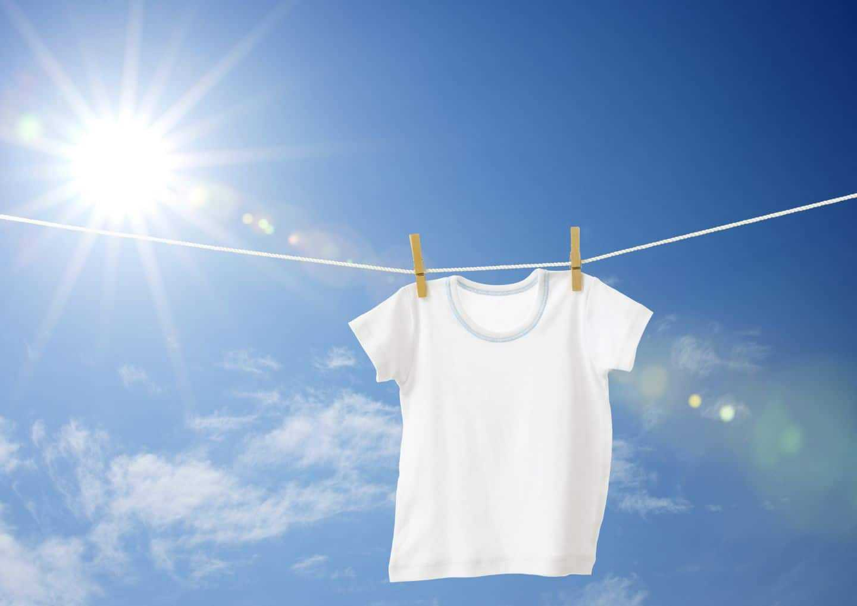 Phơi nắng quần áo