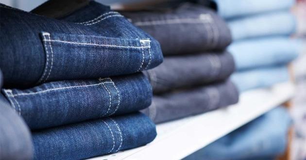 Làm sao để giữ quần Jeans mới mua không bị phai màu?